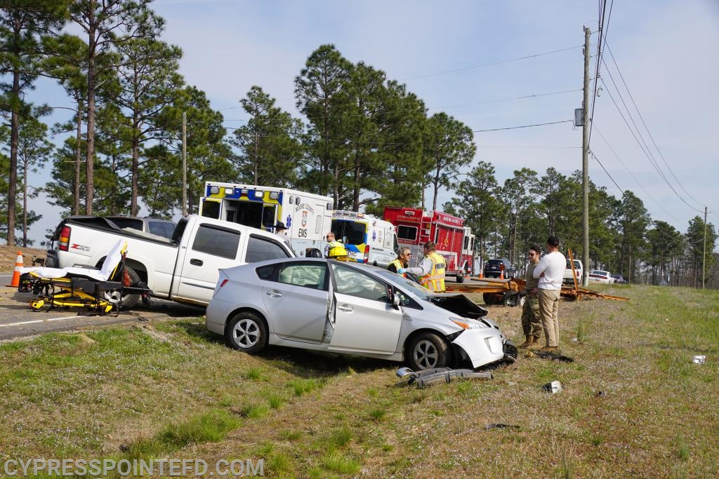 Three Vehicle Accident on Highway 690 - Cypress Pointe Fire & Rescue